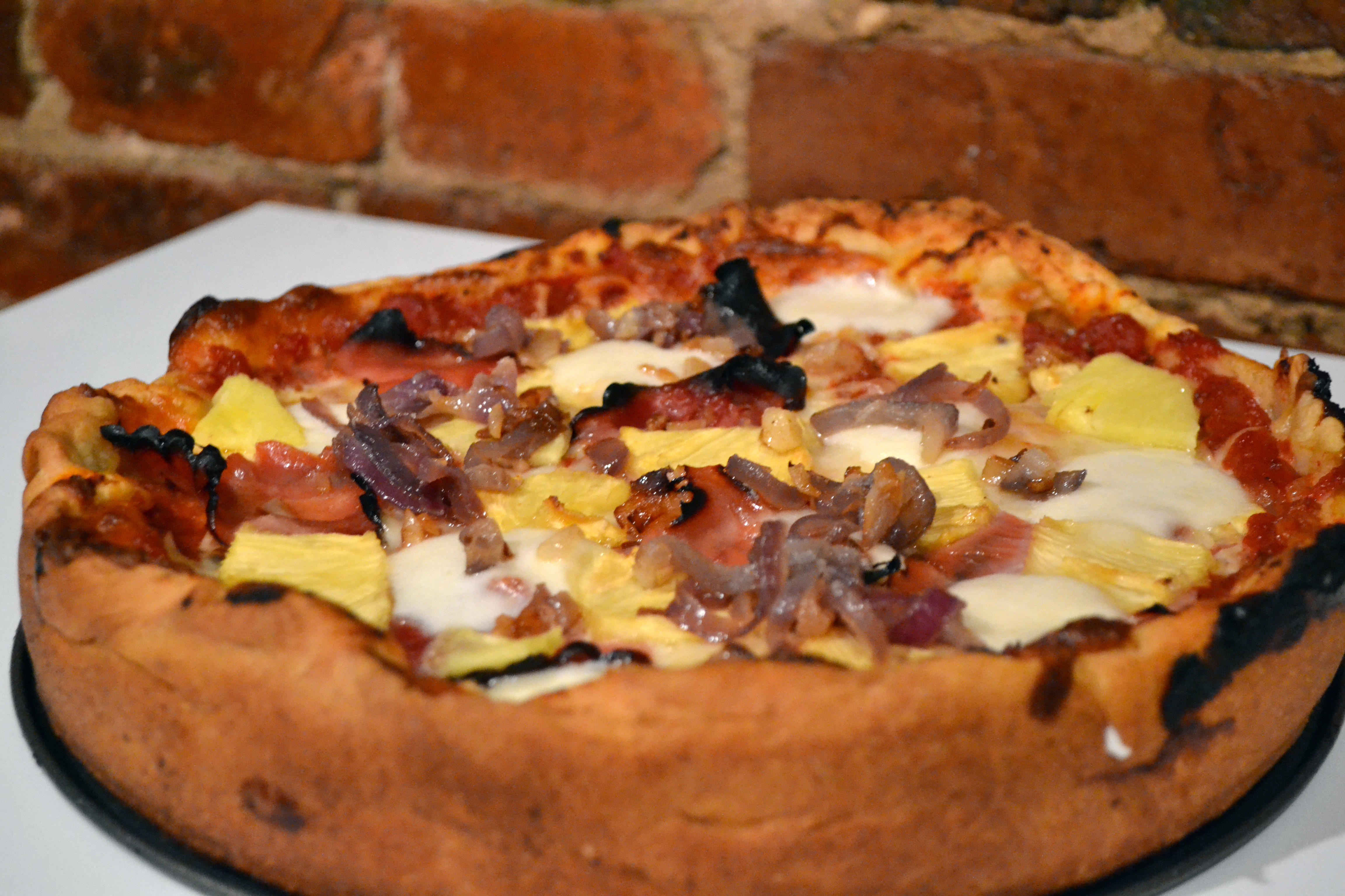 chicago-style deep dish pizza crust